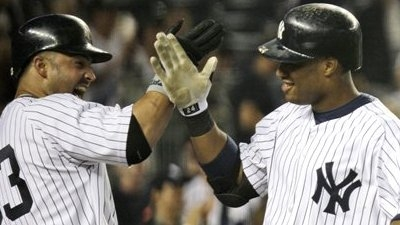 Yankees Take Over First Place With Fifth Straight Win