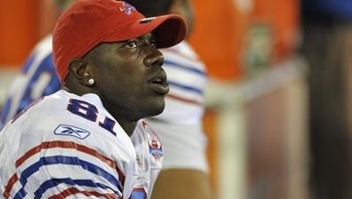 Bills' Owens Will Miss Preseason Game Against Packers