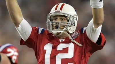 Brady Leads Late Rally as Patriots Stun Bills 25-24