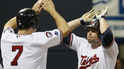 Twins Beat Verlander, Tigers to Cut Deficit to Two Games