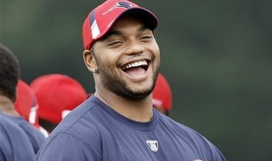 Richard Seymour Traded to Oakland
