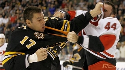 Bruins Dominate Hurricanes in 7-2 Victory