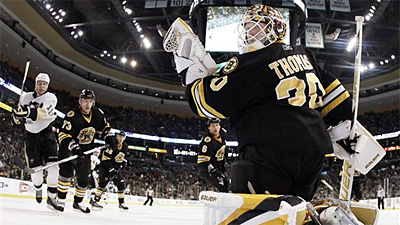 Tim Thomas Shuts Out Penguins 3-0 as Bruins Earn Second Straight Win