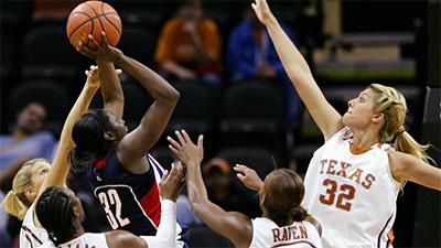 Top-Ranked UConn Women Crush No. 10 Texas