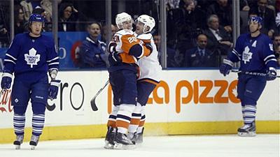 Dwayne Roloson and Josh Bailey Lift Islanders Over Leafs