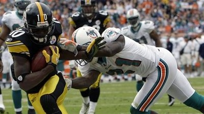 Steelers Withstand Rally by Dolphins to Win 30-24