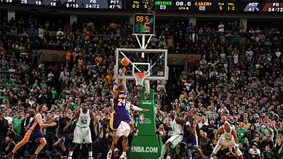 Kobe Bryant's Dagger Extends Celtics' Slide to Three Straight