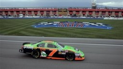 Danica Patrick Finishes 31st in NASCAR Nationwide Race at California