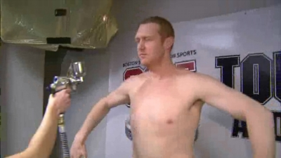 Brian Scalabrine Loses Bet, Gets a Spray Tan