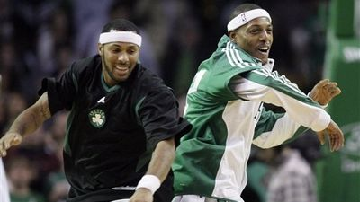 Celtics End Two-Game Skid, Whack Warriors 109-95