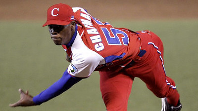 Report: Red Sox Offered Aroldis Chapman $15.5 Million