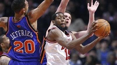 Luol Deng, John Salmons Lead Bulls to 98-89 Win Over Knicks