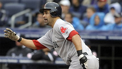 Deal Dead, Should Red Sox Now Keep Mike Lowell Around?