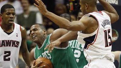 Celtics Can't Handle Hawks, Which Doesn't Bode Well for Postseason