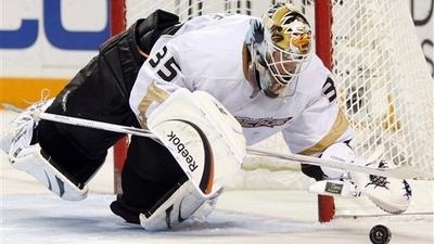 Toronto Maple Leafs Trade Vesa Toskala, Jason Blake for Jean-Sebastien Giguere