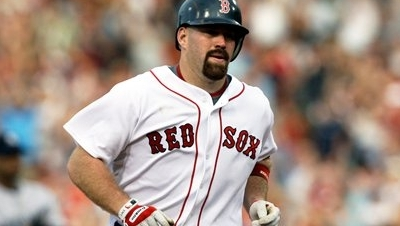 Kevin Youkilis Wants to Retire as a Member of the Red Sox