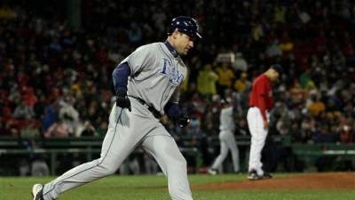 Three-Run Double by Pat Burrell Leads Rays Past Red Sox 6-5