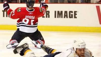 Blackhawks Tie Game Late, Win in Overtime To Take 3-2 Series Lead on Predators