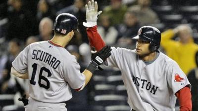 Red Sox Beat Mariano Rivera, Yankees 7-6 Thanks to Marcus Thames' Error