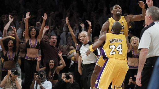 Ron Artest Hits Buzzer Beater To Give Lakers 3 2 Series Edge