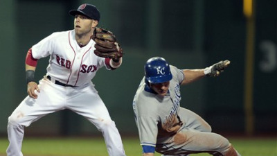Dustin Pedroia Snag Preserves Red Sox' 1-0 Victory Over Royals