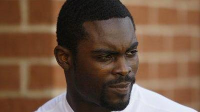Michael Vick May Be Released by Eagles Following Shooting Incident