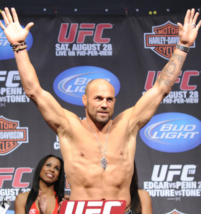Frankie Edgar and BJ Penn Post Identical Weights for UFC 118