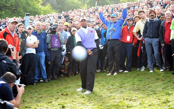 Tiger Woods, 'Cigar Guy' Star in What Some Are Calling 'Greatest Sports Photo Ever'