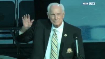 Bruins Celebrate Storied Career of Legend Milt Schmidt Before Facing Off Against Toronto