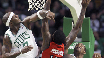 Jermaine O'Neal Finds Rhythm With Celtics in Enemy Territory