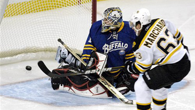 Bruins' Top-Ranked Penalty Kill Unit Propels B's to Easy 5-2 Win in Buffalo