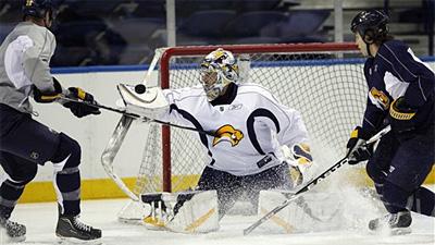 Sabres Goalie Ryan Miller Turns Attention to Facing Bruins
