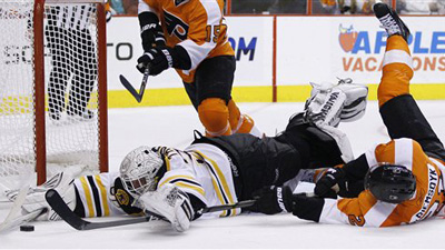 Tim Thomas Extends His Undefeated Road Record in Bruins 3-0 Victory Over Flyers