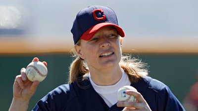 Justine Siegal Becomes First Woman to Pitch Batting Practice to Major Leaguers, Throws to Indians