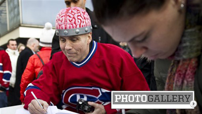 Montreal Fans Stage Protest Against Hockey Violence Outside Bell Centre (Photos)