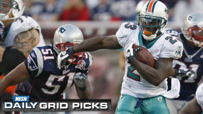 Dolphins Set to Unleash Upsetting Win Over Patriots, According to David Givens' Week 17 'NESN Daily' Grid Picks
