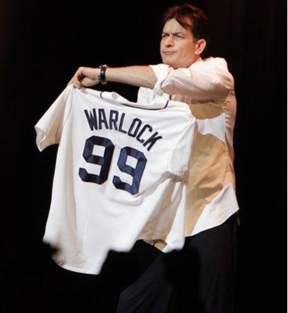 Charlie Sheen Offers Dustin Pedroia-Like Suggestion to Red Sox Fans, Urges Them to 'Relax'