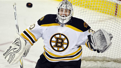 Tim Thomas Returns to Form After Week-Long Rest to Lead Bruins Past Flames