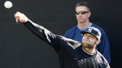 Report: Joba Chamberlain's Injured Oblique Worse Than Expected, Derails Yankees Reliever