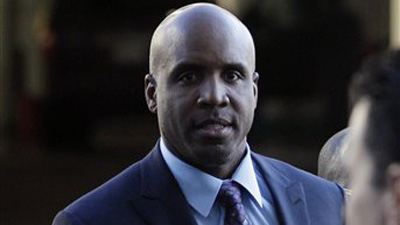 Barry Bonds' Former Aide Says She Saw Trainer Greg Anderson Inject Slugger Before Road Trip