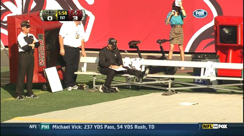 Saints' Sean Payton Injures Knee on Play at Sideline, But Toughs It Out and Coaches From Bench (Video)