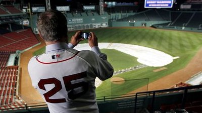Claude Julien Looking Forward to Welcoming New Red Sox Skipper Bobby Valentine to Boston's Coaching Fraternity