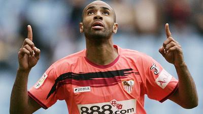 Sevilla Fans Pay to Place Photo Headshots on Backs of Players' Jerseys
