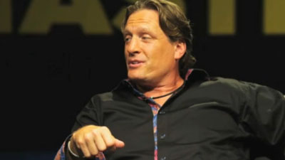 Former Flyer Jeremy Roenick Calls Philadelphia Fans 'Crazy,' But It's Time to Retire Story of Booing Santa Claus