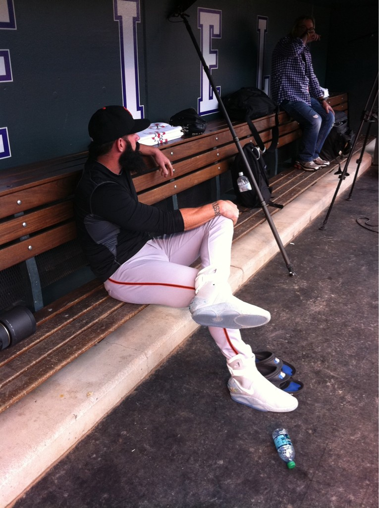 Excelente jazz Preescolar  Brian Wilson Wears Marty McFly's 'Back to the Future' Nike MAGs During Game  (Photo) - NESN.com