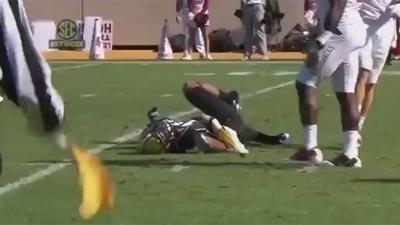 Arkansas' Marquel Wade Ejected for Despicable Cheap Shot on Vanderbilt Punt Returner Jonathan Krause
