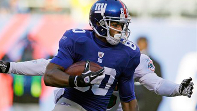 Victor Cruz's Hardworking Attitude Developed at UMass, Propelled Him to Success With Giants
