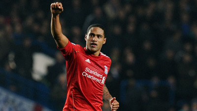 Glen Johnson Says Home Improvement Key to Liverpool's Top-Four Quest