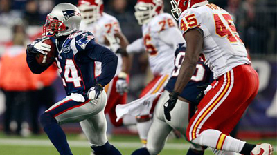 Kyle Arrington, Andre Carter Lead Defensive Effort Against Chiefs, As Patriots Try to Figure Themselves Out