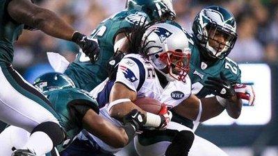 Wes Welker, BenJarvus Green-Ellis Each Score Twice As Patriots Beat Eagles 38-20
